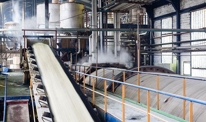 Moteurs efficaces adaptés aux usines de sucre